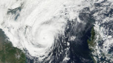 Filipiny przygotowują się na uderzenie tajfunu